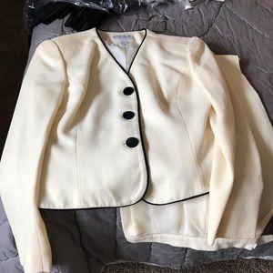 Kasper 2 piece suit